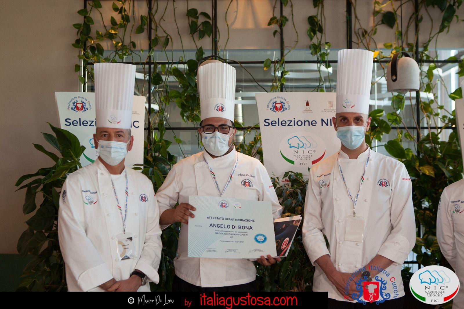 AL centro lo chef Angelo di Bona
